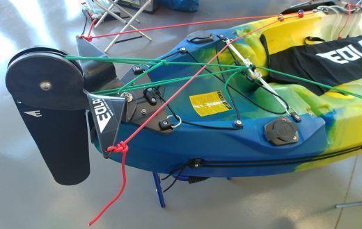 timón para kayak